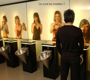 Ou-sont-les-toilettes-300x266